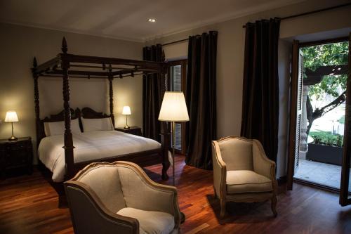 Suite with Terrace Posada Isabel de Castilla 12