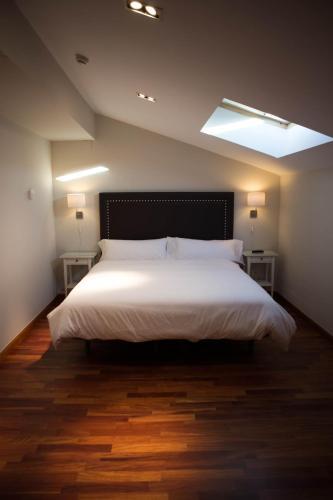 Double Room with Spa Bath Posada Isabel de Castilla 12