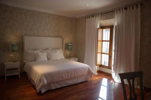 Double Room with Spa Bath Posada Isabel de Castilla 4