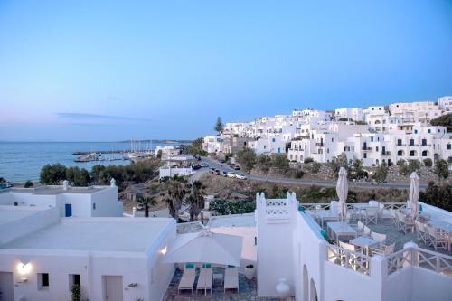 Naoussa, Paros, 84401, Greece.