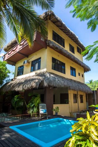 Hotel Beautiful Beach House con Flores