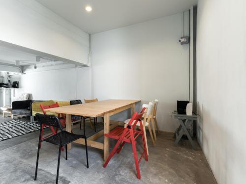 Good One Hostel & Cafe Bar photo 19