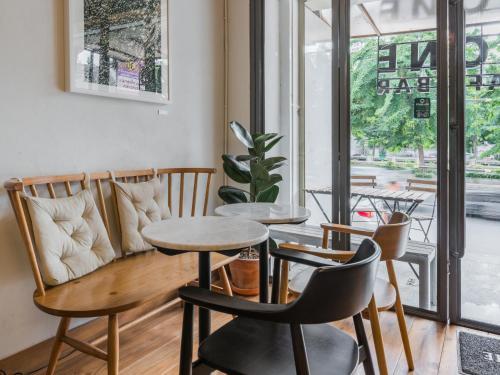 Good One Hostel & Cafe Bar photo 22