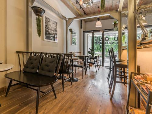 Good One Hostel & Cafe Bar photo 26