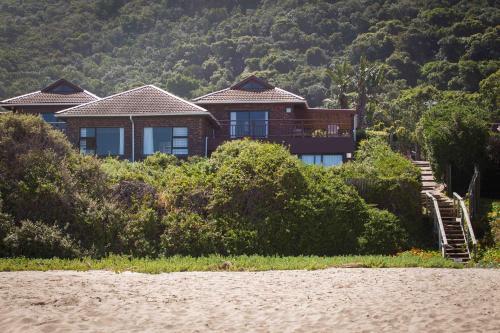 . Archrock Resort