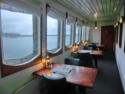 Mälardrottningen Yacht Hotel & Restaurant photo 18