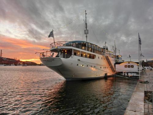 Mälardrottningen Yacht Hotel & Restaurant impression