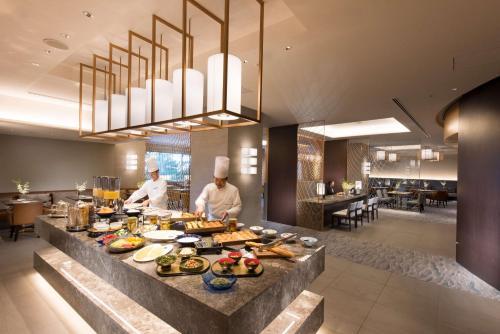 Hilton Tokyo Bay photo 26