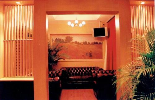 Strand Inn Hotel photo 10