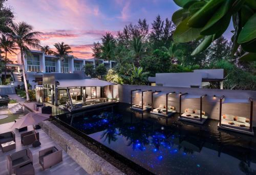 33 Moo 5 Tambol Khok Kloy, Amphur Takua Tung, Khok Kloy, Phang Nga, 82140 Natai Beach, Thailand.