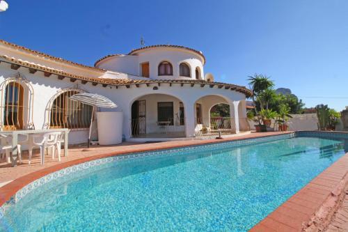 Holiday Villa Redonda