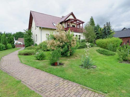 . Dreamy Apartment in Fehrow near the Forest
