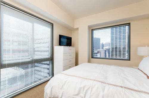 Global Luxury Suites at Howard Street photo 18