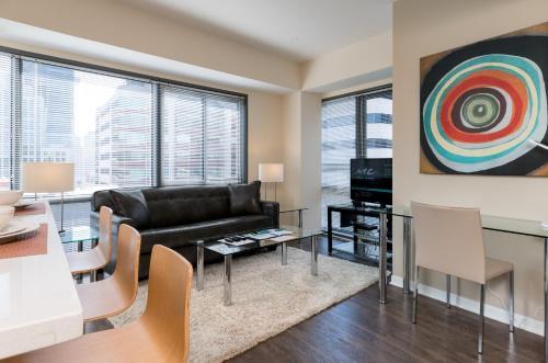 Global Luxury Suites at Howard Street photo 22