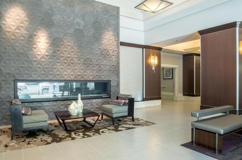 Global Luxury Suites at Howard Street photo 24