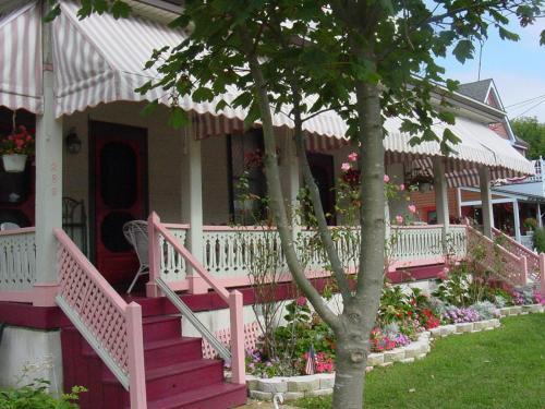 Harvard Apartment #3 - Cape May, NJ 08204
