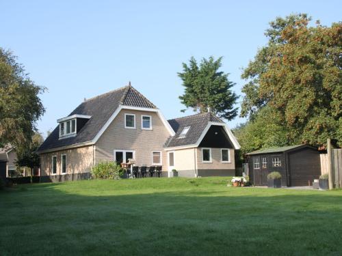 . Modern Villa in Groet with Garden