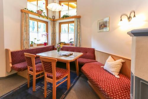 Фото отеля Apartment Hinterbrandthof
