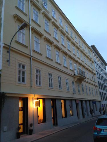 Luxury Apartment Novobranska - Hotel - Brno