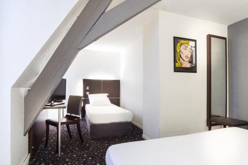 55 Hôtel Montparnasse photo 13
