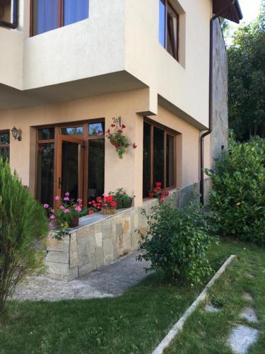 The Lake Villa - Accommodation - Smolyan