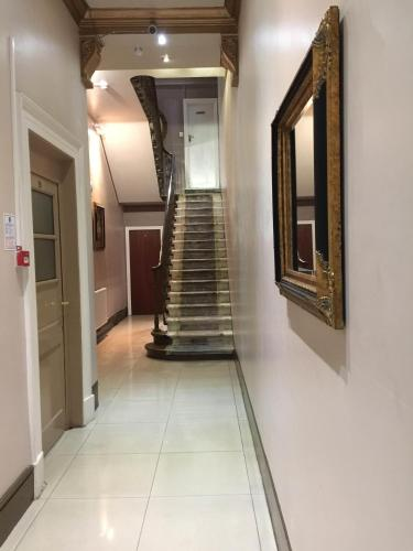 Central London Budget Hotel - Photo 3 of 66