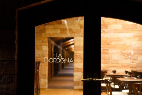 __{offers.Best_flights}__ Hostería La Bordona