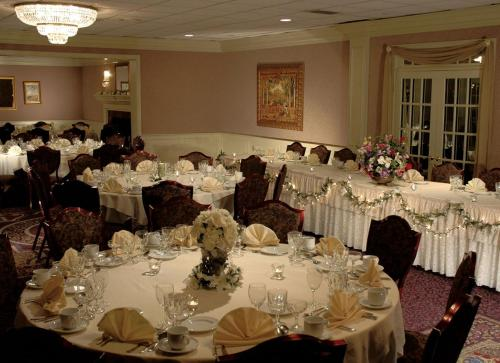 John Carver Inn & Spa - Plymouth, MA 02360