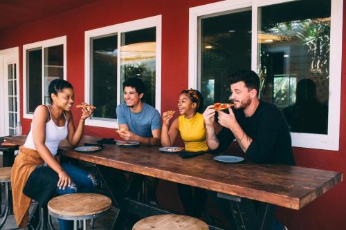 Hi San Diego Point Loma Hostel - San Diego, CA 92107