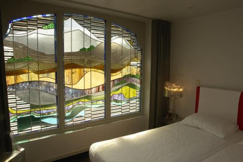 Фото отеля Monty Small Design Hotel