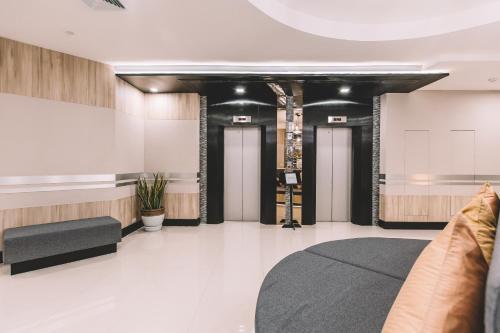 Adelphi Suites Bangkok photo 87