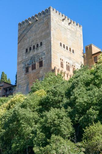 HotelChezmoihomes Alhambra