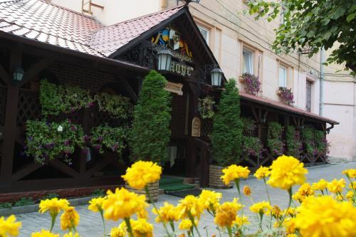 . Apartment Tsentr on Pochtovaya