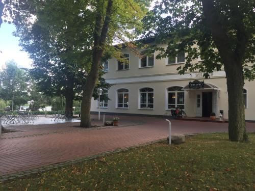 . Hotel & Restaurant Haus am See
