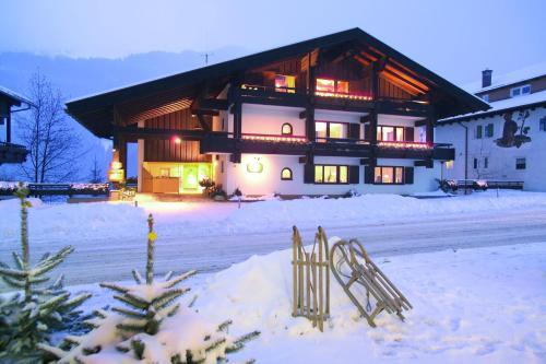 Фото отеля Alp-Chalet