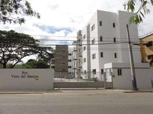 . Residencial Vista Del Bosque