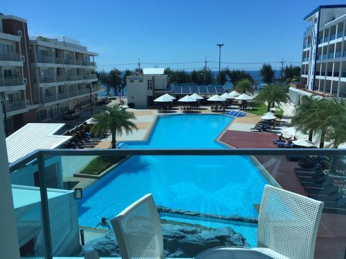 Grand Blue Fantastic Pool / Sea View 1 BR unit Grand Blue Fantastic Pool / Sea View 1 BR unit