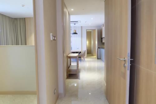 Compass SkyView Hotel photo 52