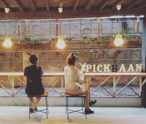 Pickbaan Pickbaan