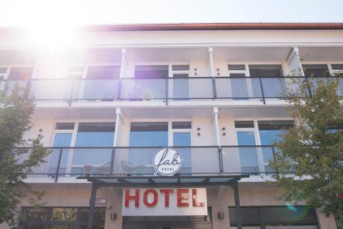 fab Hotel photo 2