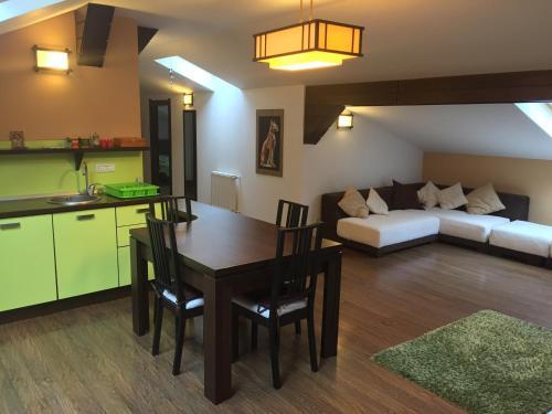 . Apartament Miruna