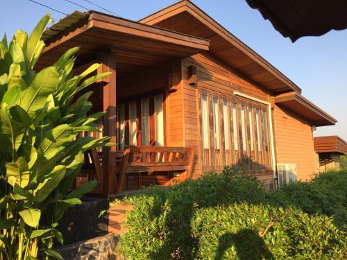 Kruathai and Spa Vacation Home, Muang Nong Khai