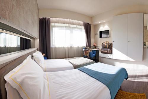 . Best Western Albavilla Hotel & Co