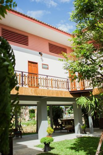 Ban Klong Srabua photo 9