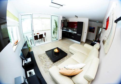 . Apartment Sky