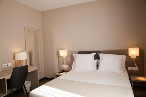 May Ramblas Hotel photo 41