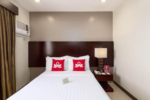 picture 1 of ZEN Rooms Cortes Street