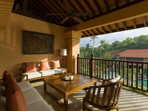 Abimanagama Rd, Weligama, Sri Lanka.