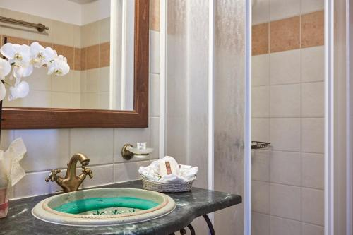 A Hotel Com Hotel Dryades And Spa Hotel Agios Lavredios