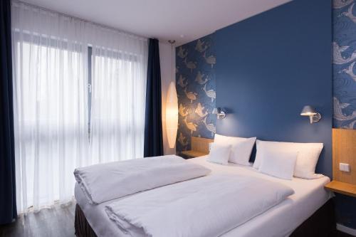 GRIMM's Hotel Mitte photo 53